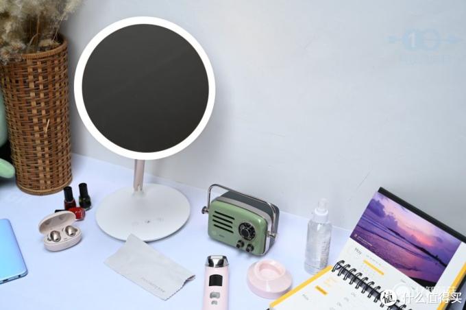 97%日光还原,网红LED美妆镜开箱测评