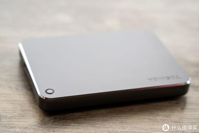 哪款移动硬盘更适合商务人士选择?东芝CanvioPremium系列升级版是不错选择