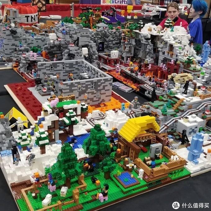 用乐高还原出《Minecraft我的世界》场景