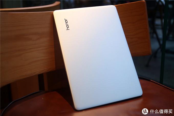 如何迅速抢占笔记本电脑市场,荣耀MagicBook Pro性价比分析