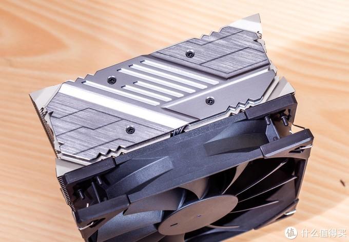 散热器可不仅仅只能堆效能——雅浚D3体验感受