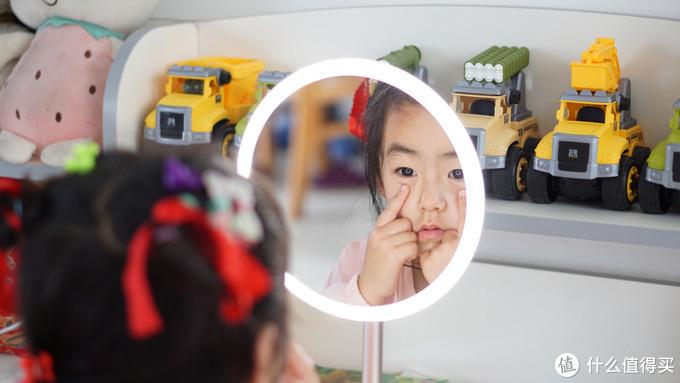 网红LED美妆镜测评,它火是有原因的!
