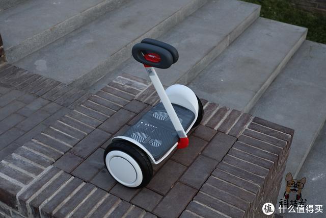 """九号平衡车Nano开箱:专为儿童用户打造""""次时代玩具"""""""