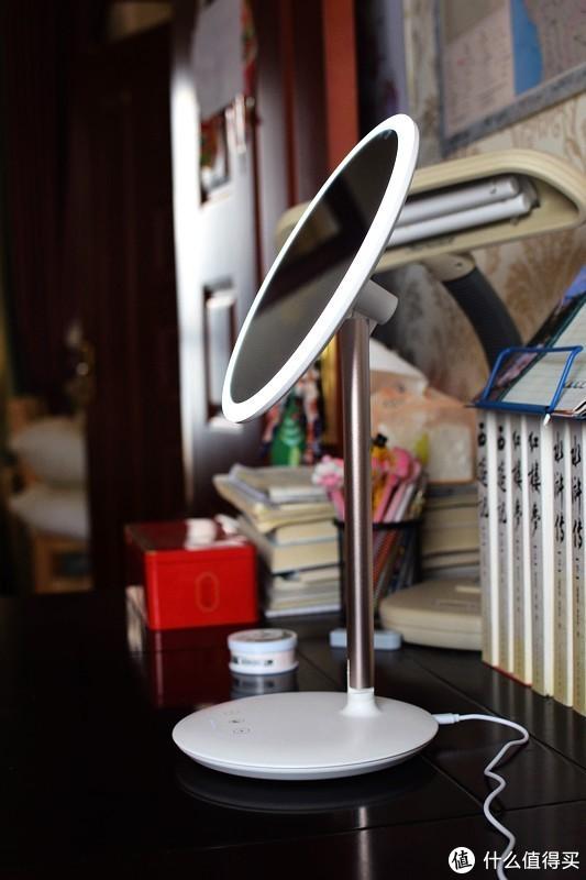 网红魔镜开箱测评!光线打得好,化妆没烦恼!