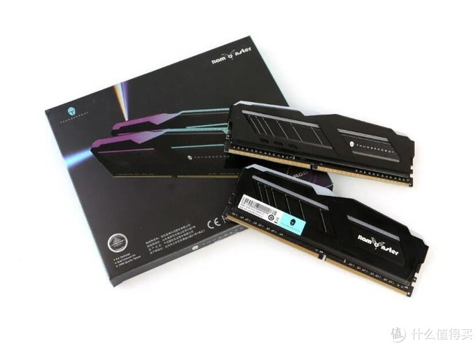 全三星颗粒,雷神记忆魔人Gaming DDR4 RGB内存简单上手体验