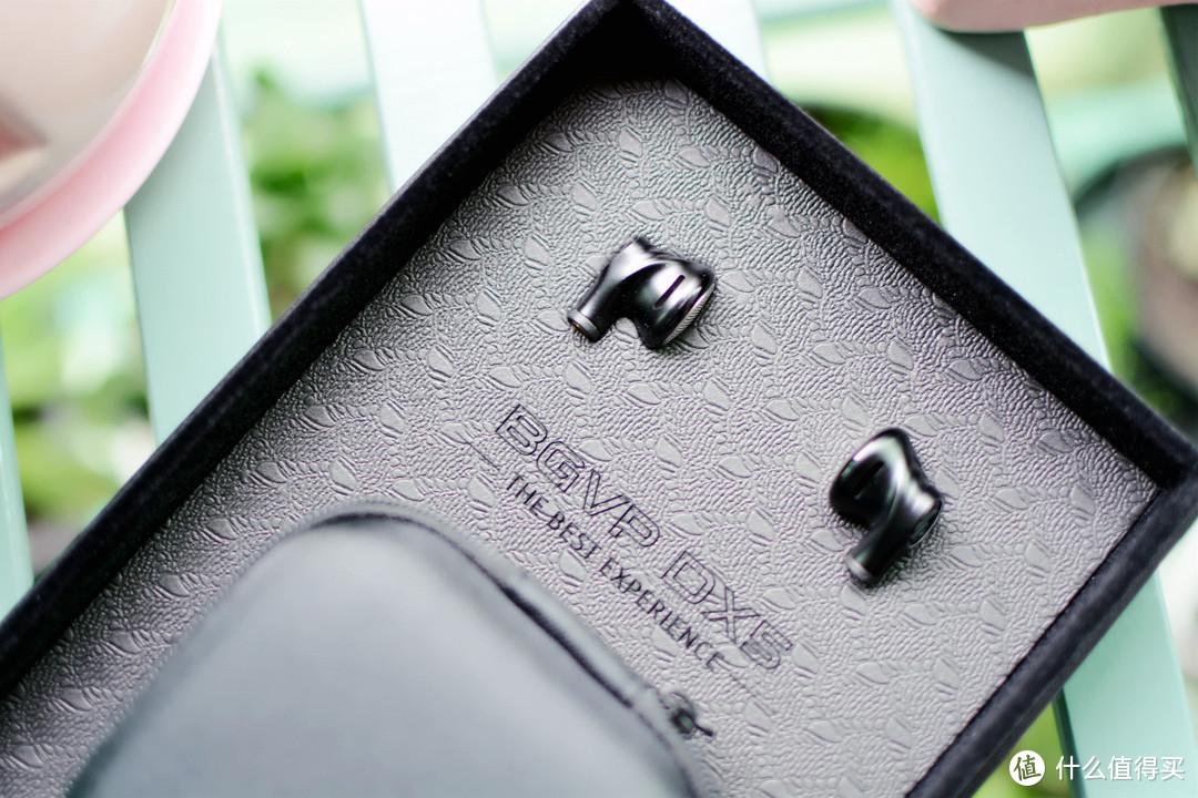 和真无线耳机说拜拜,BGVP DX5平头耳机更能绽放独有的美