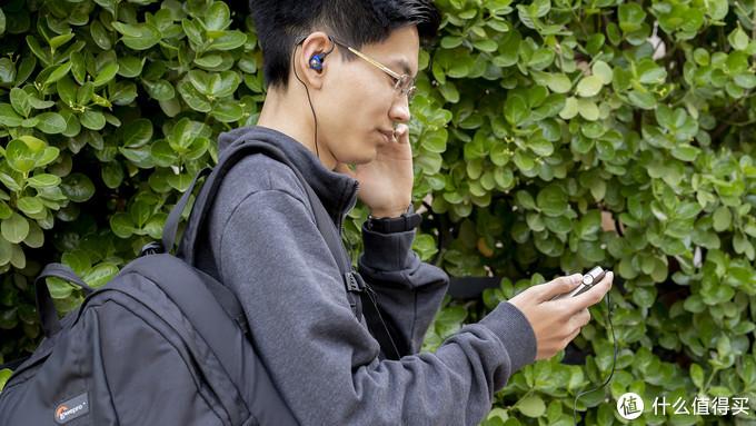 外观设计虐哭苹果手机的播放器使用起来什么感受?SR25使用分享