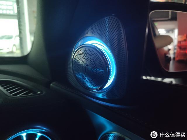 奔驰C43改发光涡轮出风口,3D旋转高音