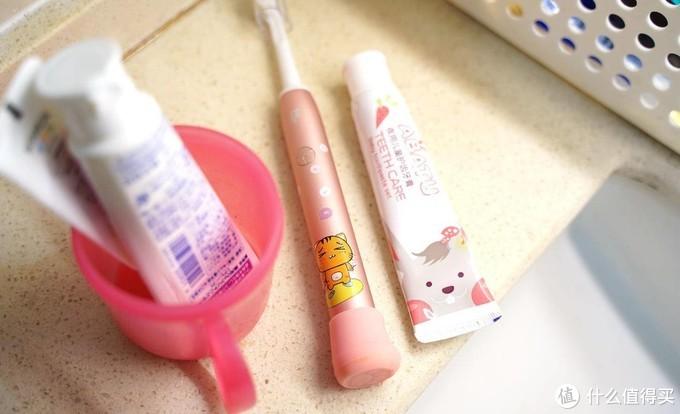 让小丫头喜欢上刷牙,菲莱斯儿童牙刷体验