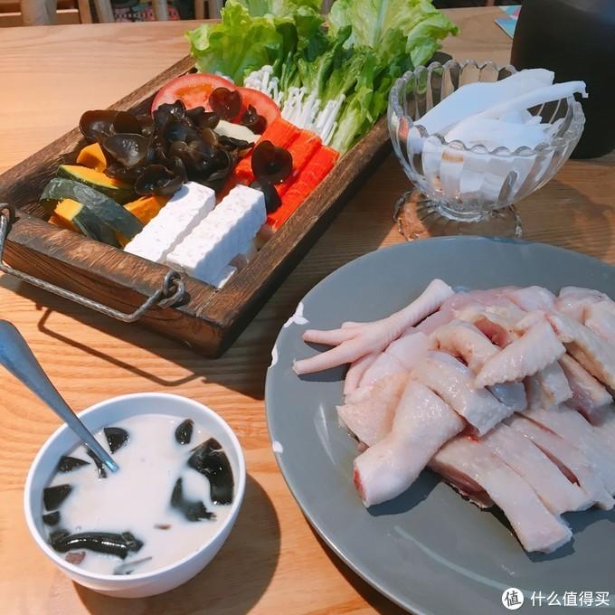 17.8元的椰子鸡双人餐还不收钱?来看看广州超赞的椰子鸡餐厅—椰妹原生态椰子鸡