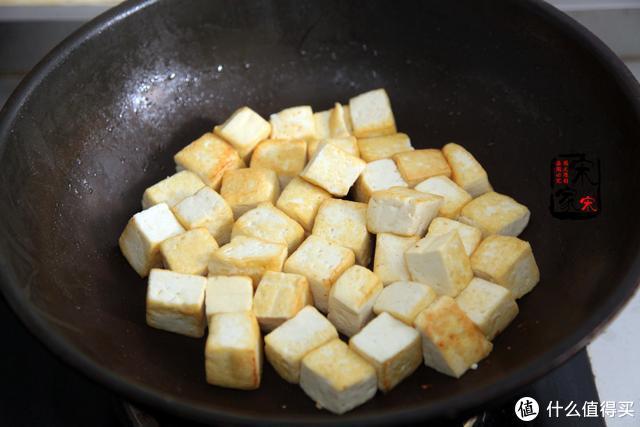 适合夏天吃的1道菜,酸香开胃促食欲,1锅米饭不够吃
