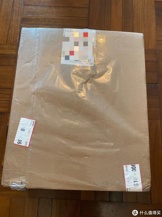 第一次在官网购物,收到那么大一个箱子,丰巢都塞不进去