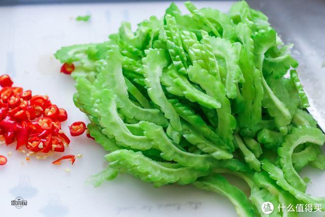 明日小满,吃鸡鸭鱼肉都不如吃此瓜,清热解暑,越吃越瘦