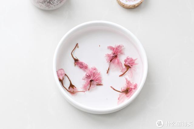 520情人节到了,学会这款慕斯蛋糕,粉粉嫩嫩浪漫十足,特别简单
