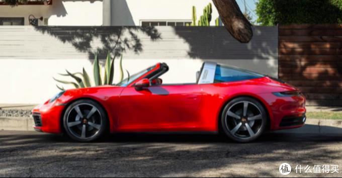 这个蓬敞的不一般,全新保时捷911 Targa香不香?