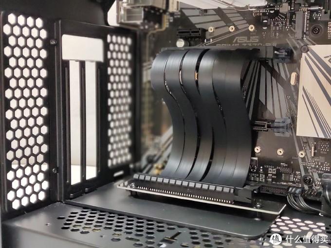 显卡竖装实用性如何?竖装显卡利与弊上机测试
