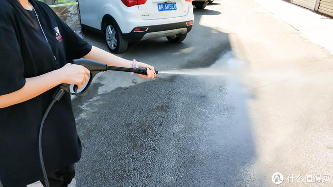 夏季洗车正当时:水魔力1500W家用洗车机体验