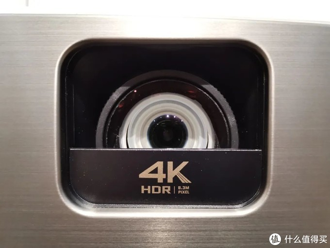 纠结电视?不如一步到位4K投影仪——明基W2700