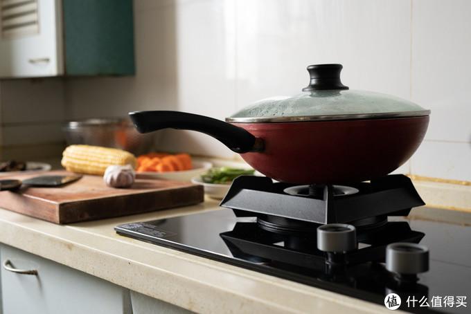 多种烹饪火力随心调,焖煎炸炖轻松自如,美的这款鸳鸯灶走了心!