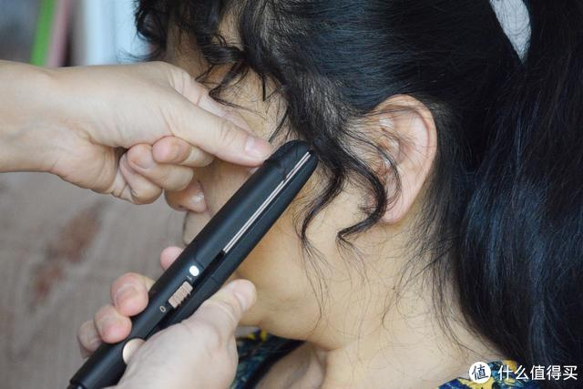 小米有品推出超小便捷电夹板,直发卷发随心而欲,网友:太方便了