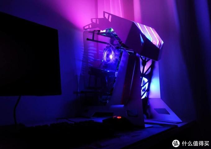 让黑夜闪亮起来,异性机箱大水牛铁血给你带来不一样的DIY乐趣