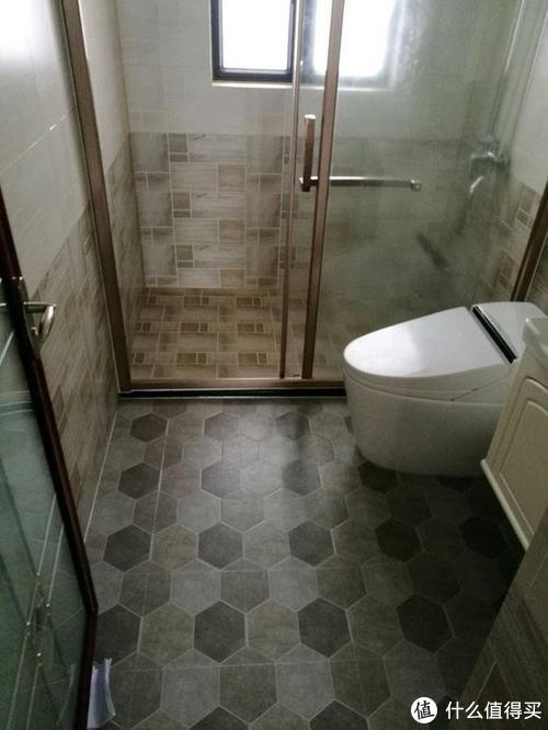 20万装修3室小户型环保好用,怎么办老师只说一遍(4)门、地板、瓷砖