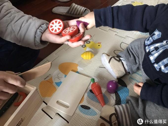 0~2岁娃的爸妈!火速抄作业!我在大妈这边给孩子买的30件玩具清单!附买入价格和动图~