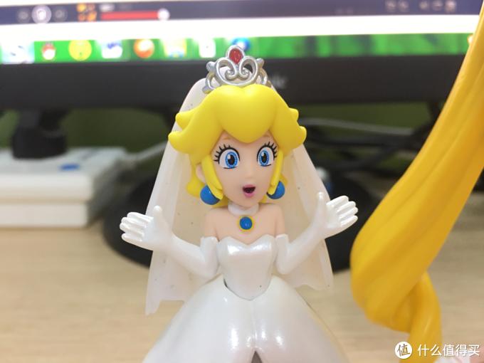 第一件amiibo人偶配件到手晒—桃花公主 婚礼造型