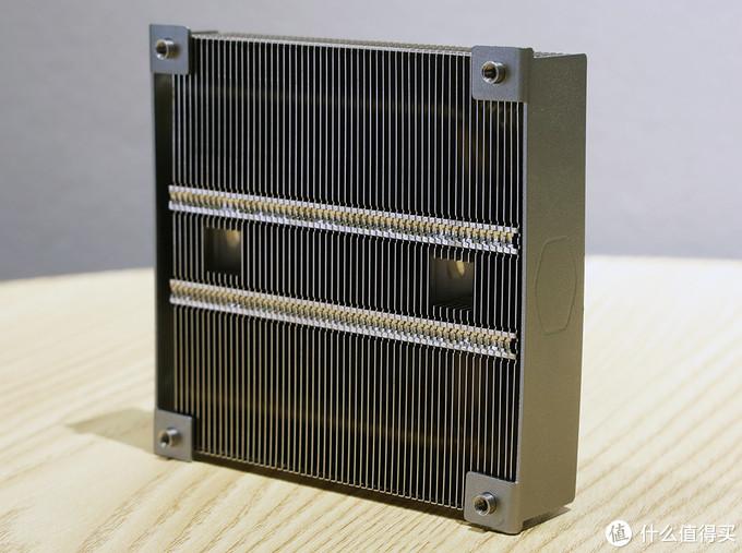 酷冷至尊 G200P散热器 外观③