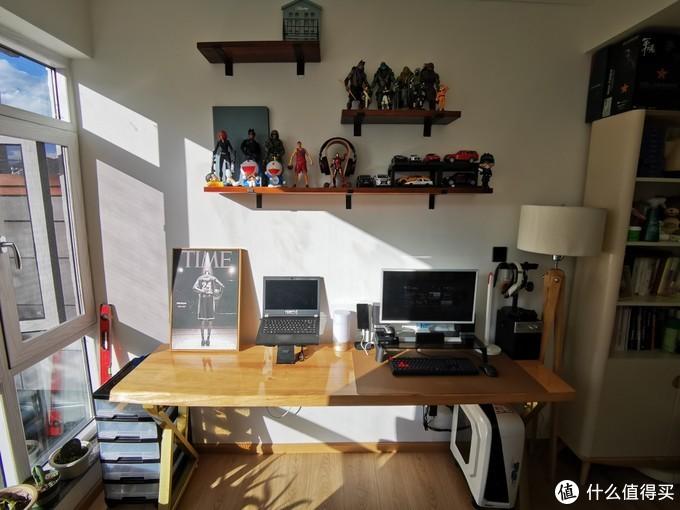 搬了新房间,换了新书桌