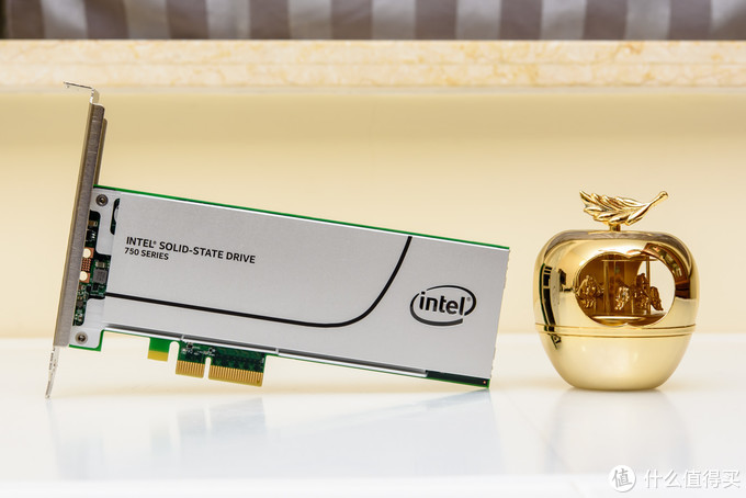 """【茶茶】大人,""""十代""""变了?INTEL I9 10900K测试报告"""