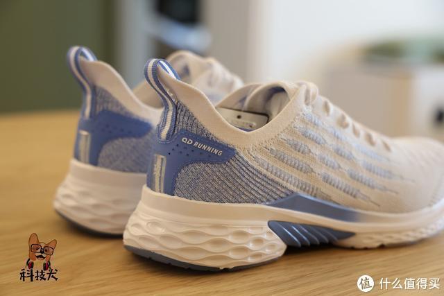 大几百元预算全套户外装备搞定:蓝牙耳机智能腕表风行跑鞋全都有