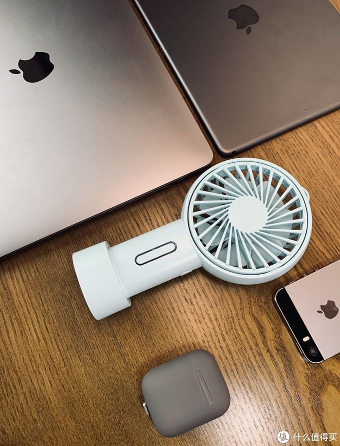炎炎夏日,来一个可调角度的orico便携风扇祛暑