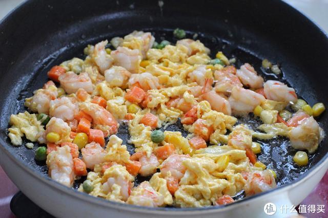只要花点小心思,剩米饭变身营养儿童餐,上桌就被孩子吃了个精光