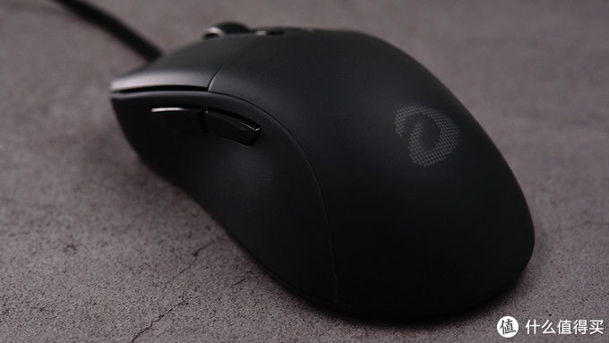 65g不打孔轻量化——达尔优A960游戏鼠标图赏