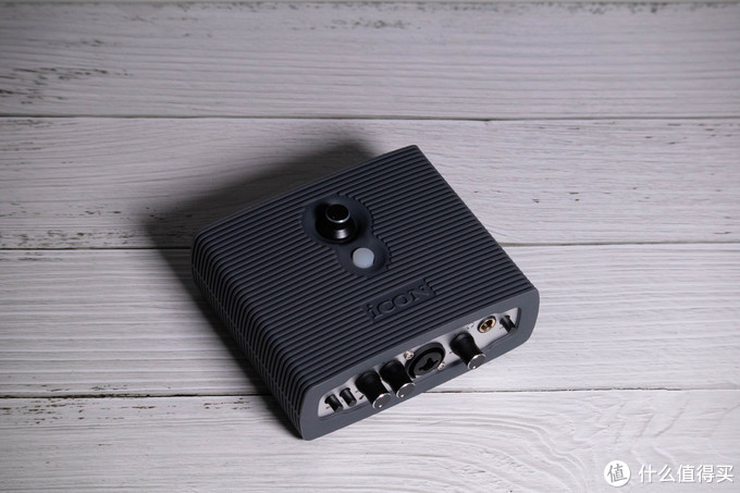 开箱实测:艾肯MicU Live升级版声卡,支持双设备直播