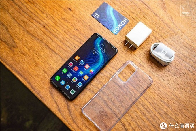 荣耀 X10 图赏:5G 手机,千元拐点