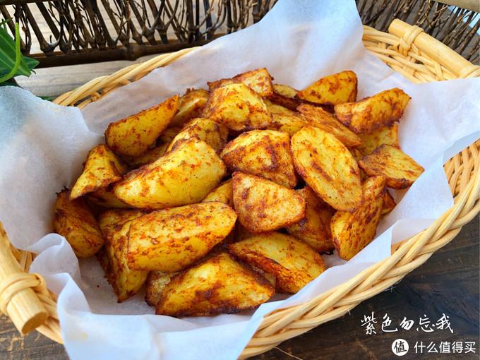 土豆这样做,香酥美味,我家一做就是一大盘,比吃肉还过瘾