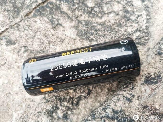 颜值、实力俱佳-极蜂F10强光手电体验