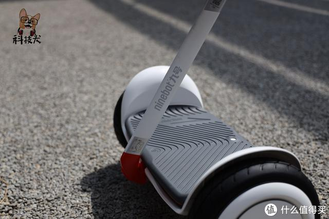 九号平衡车Nano体验:专为儿童用户打造智能语音体感代步车