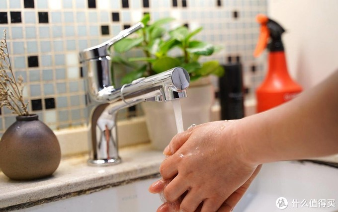 12年了,换上了diiib大白漱口洗面龙头,家里厨房、浴室龙头大改造!