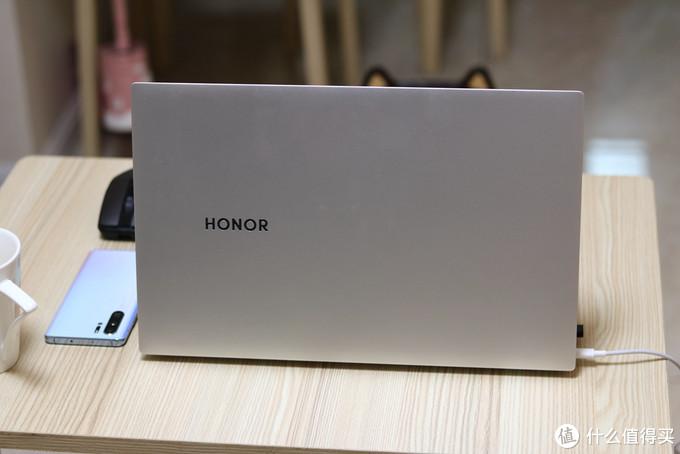 荣耀MagicBookPro多屏协同功能,是噱头or黑科技?带你探索一下