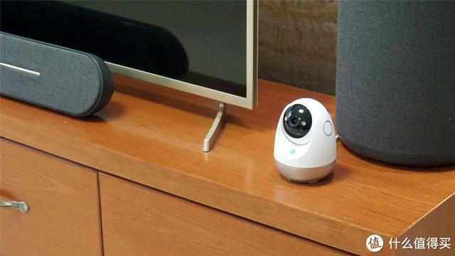 一键通话、2K高清全彩夜视、人体跟踪,360智能摄像头云台AI版体验