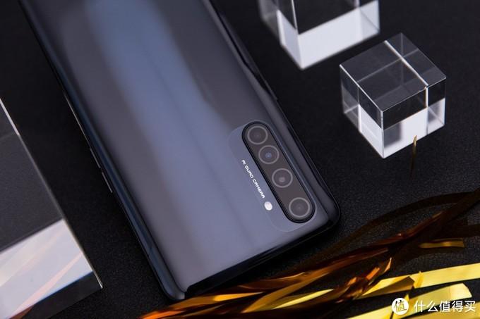 """真我X50 Pro 玩家版首发评测,realme的周年献礼究竟能""""快""""到什么程度?"""
