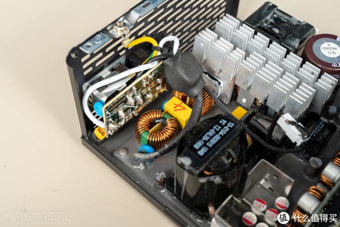 防潮、防尘、防小强?超频三七防芯P850金牌全模组电源 首发拆解评测