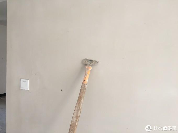 铲墙用的铲子