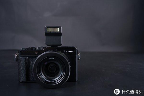 可专业可智能的全能相机 松下LX100M2评测