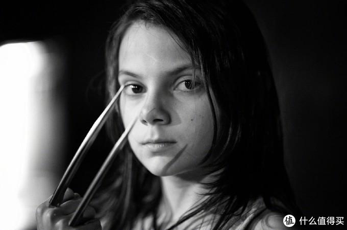 《金刚狼3》导演放出全新幕后图,暮年罗根颓废至极,多名变种人早已告别,黑白照将粉丝看哭