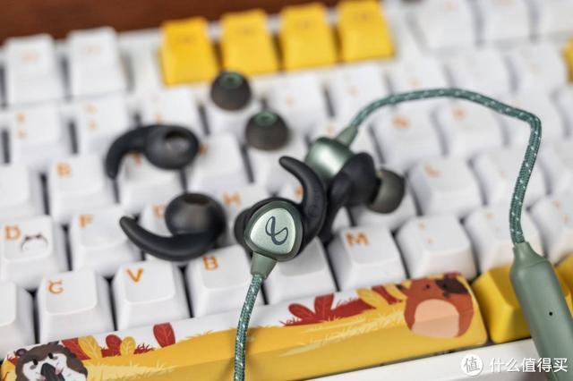 纯净平衡音效,Infinity燕飞利仕I200BT颈挂式蓝牙耳机
