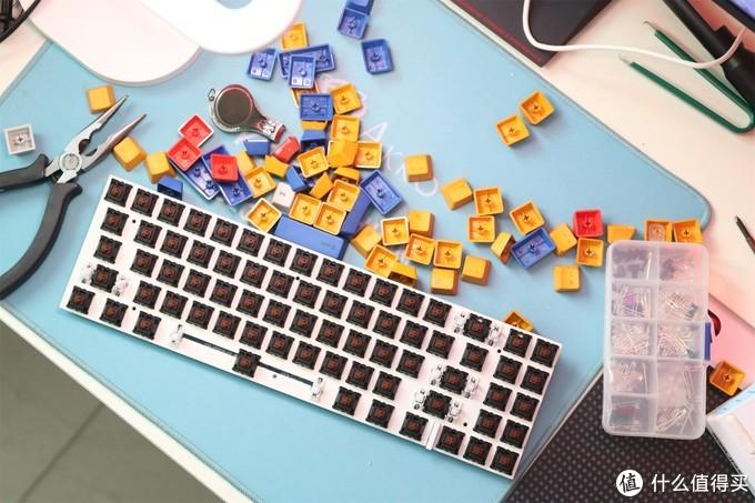 键盘加灯的遇坑与解决指南高斯ALT71